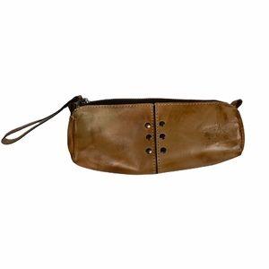 Patricia Nash Tan Leather Isla Oblong Wristlet Zip